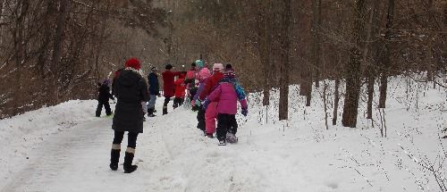 Snowshowing kids at HANC SLIDE
